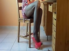 Pink office 1