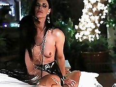 Mature slut India Summer prefers hard anal sex