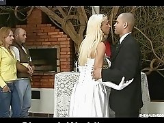 Smashing shemale bride kissing and feeding
