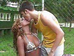 Ebony tranny gets nailed at outdoor