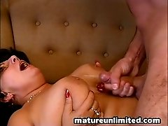 Teasing Tittyfuck Mature action