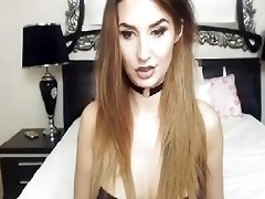 Gorgeous Asian Shemale Unload Cums live on cam