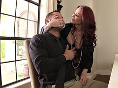Redhead MILF gets dicked in her tight jelly roll