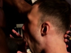 Ebony hunks spitroast lucky white dude