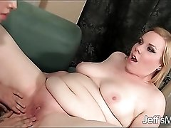 Lesbian BBW goes down on her shaved girlfriend