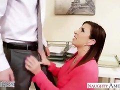 Sara is fucking her nuaghty boss