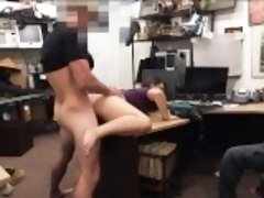 2 sluts try to steal and one of them get fucked by pawn guy