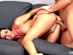 Stunner India Summer Fucking LIVE
