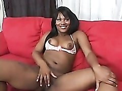 Solo fingering curvy black girl