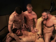 Muscly group cum cover