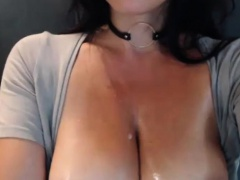 Adorable Big Boobs Milf Filmed Herself While Seducing You