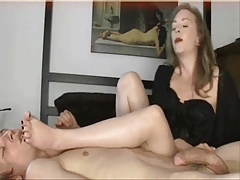Mature Mom Foot Fetish! Amateur!