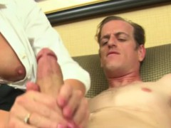 Classy cougars handjob for happy hotel worker
