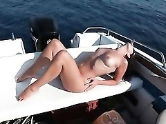 Boat fuck and facial with his girlfriend