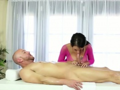 Big tits Brunette Peta Jensen a new girl at spa gets fucked