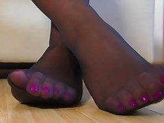 Nylon Feets 4
